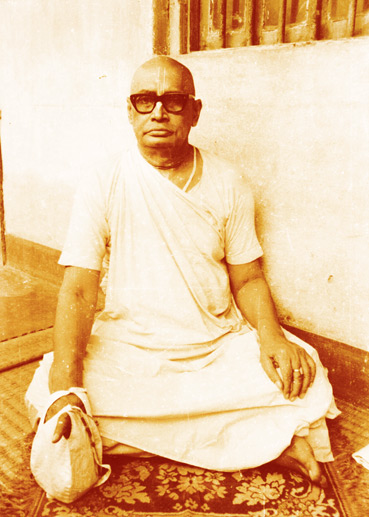 (Portrait of Sri Srimad Bhaktivedanta Vamana Gosvami Maharaja)