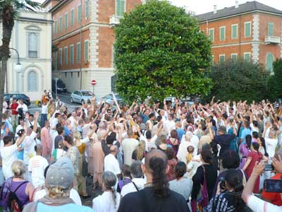 Chanting Krishna Nama in Streets of Italy