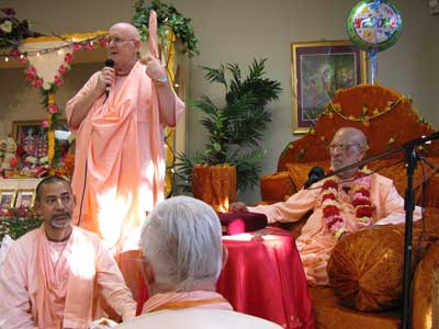 Class at the new Sri Govindaji Gaudiya Matha